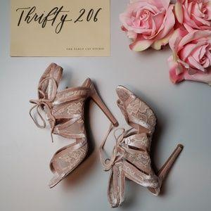 [Steve Madden] Laela Blush Velvet Lace Tie Heels